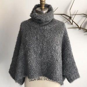 Zara crop bucle sweater